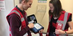 AED-so klein und so Lebensrettend